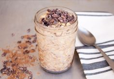 Chocolate Peanut Butter Overnight Oats (vegan, gluten free)- These vegan overnight oats are perfect for traveling. They fill you up for hours and they are portable.