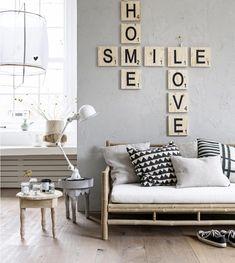 Wordfeud aan de muur. Simpel, maar mooi.