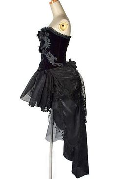 c9d482888b031 8 Best aaa images   Gothic Dress, Gothic prom dresses, Victorian Gothic