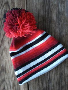 300fb9358a892 Vintage 1970s Ski Hat Striped with Pom Pon Snowboarder Hat 2013620