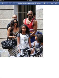 Kobe Bryant Vanessa Bryant and two daughters vacation Italy Kobe Bryant 8, Kobe Bryant Family, Monica Wright, Kobe Bryant Daughters, Kobe Bryant Pictures, Vanessa Bryant, Kobe Bryant Black Mamba, Nike Free Runs, Beautiful People