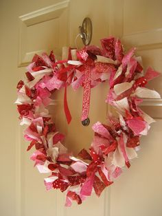 Heart Wreath  This is the easiest wreath to make and you can pretty much make it for any season, in any color, but since I didn't have a wre...
