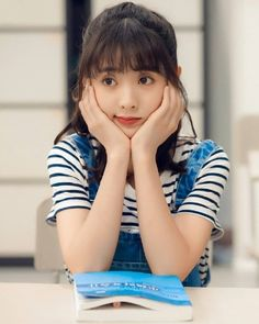 Girls Dp, Cute Girls, Korean Drama Tv, Chinese Babies, Beautiful Girl Wallpaper, Lovely Girl Image, My Bebe, Prettiest Actresses, Girl Artist