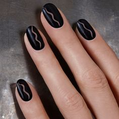 There are a variety of techniques available to jazz up your nails with fashionable nail art décor and negative space nail designs are one of them. This is a perfect nail art Easy Nail Art, Cool Nail Art, Hot Nails, Hair And Nails, Gorgeous Nails, Pretty Nails, Nail Art Designs, Nails Design, Negative Space Nails