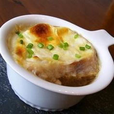 French Onion Soup this is the real deal. Entree Recipes, Chili Recipes, Soup Recipes, Great Recipes, Cooking Recipes, Favorite Recipes, Veggie Recipes, Soup And Sandwich, Onion Soup