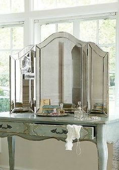 NEW Large Venetian Style TriFold Vanity Table Top Makeup Mirror S1