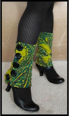 Spats/ leg warmers with buttons...am I brave enough to try it? lol
