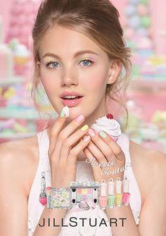 ジルスチュアート ビューティ(JILL STUART Beauty)の2017年スプリングコレクションが、2017年1月13日(金)より発売される。春のジルスチュアートは、フルーツやチョコレート、クリ...