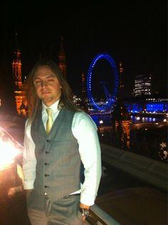 Matt Tuck in London ☆ Bullet For My Valentine, My Childhood, Boy Bands, Sexy Men, Hot Guys, Music, Hawkeye, Rock, London