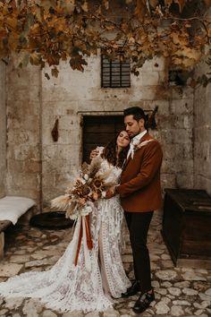 Wedding Trends, Wedding Blog, Wedding Vendors, Weddings, Love Story Wedding, Romantic Photography, Elopement Inspiration, Couple Portraits, Autumn Wedding