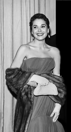 Felicia Farr, Judy Garland, Looking Gorgeous, Constellations, Style Icons, Nostalgia, Strapless Dress, That Look, Nude