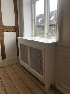 Diy Radiator Cover, Home Radiators, Manor Houses, Cabinets, Home Appliances, Living Room, Design, Tiny Houses, Armoires