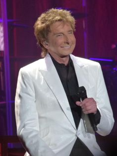 Barry Manilow Such a smile!!