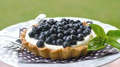 Blueberry pie with mascarpone - gluten free