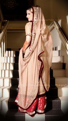 dulhan indian pakistani bollywood bride  desi weddingXYRA PHOTOGRAPHY http://www.facebook.com/Xyra.Photography