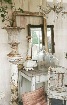 Lovely chippy whites.  |  Brocante-Charmante blog