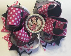 Minnie Mouse boutique hairbow por CatyRoseBows en Etsy