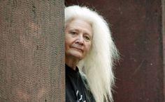Outi Heiskanen, Finnish artist - I love her hair :-)