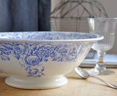 I really love this bowl.  Not sure what year it is, but it has 2 of my favorite things, blue and roses :)
