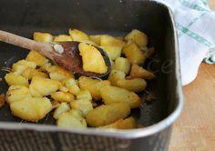 Patate al forno croccanti fuori e morbide dentro