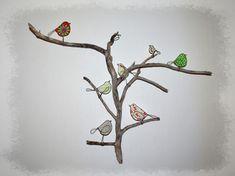 oiseaux en fil de fer sur une branche de bois flotté décoration murale unique - autres modèles sur demande - artisanat fil de fer recuit Drawing, Decoration, Creations, Unique Wall Decor, Drift Wood, Sons, Handicraft, Decor, Sketches