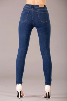 Olivia Classic Blue High Waist jeans – Lusty Chic Light Blue Skinny Jeans, Skinny Fit Jeans, High Jeans, High Waist Jeans, Denim Fabric, Jeans Style, Chic Outfits, Classic, How To Wear