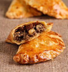 Chausson de viande à l'orientale, la recette d'Ôdélices : retrouvez les ingrédients, la préparation, des recettes similaires et des photos qui donnent envie !