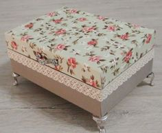 Adding lace trim and little feet make a plain box turn into a high end one. Xmas Crafts, Home Crafts, Diy And Crafts, Decoration, Art Decor, Home Decor, Milk Carton Crafts, Cardboard City, Fabric Covered Boxes
