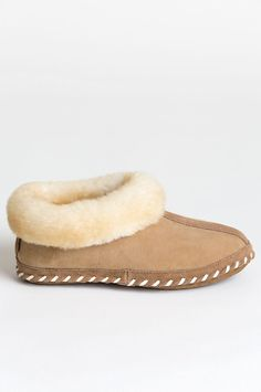 Women's London Australian Merino Sheepskin Slippers Sheepskin Slippers, Sheepskin Boots, Ugg Style Boots, Ugg Boots, Shearling Boots, Leather Boots, Wool Shoes, Doc Martens Boots, Vegan Boots