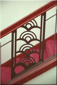 STAIRCASES - tropical art deco balustrade stair and balcony Art Tropical, Design Tropical, Estilo Tropical, Motif Art Deco, Art Deco Pattern, Art Deco Design, Art Deco Stil, Art Deco Home, Art Deco Era