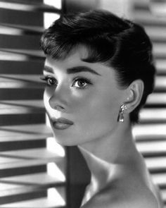 Audrey Hepburn, 1954 This is one of my absolute favorite pictures of Audrey. Her beauty was unreal!
