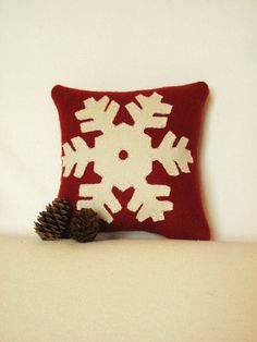 Decorative Pillow / Little Snowflake Pillow / Winter Pillow / Wool Applique Pillow / Red Christmas Pillow / 6 Inch Pillow