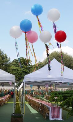 Up! by bonbonballoons: Make sure you tether them!  #Balloons #Party