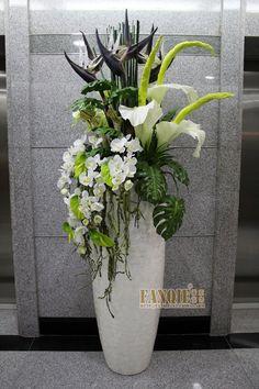 Artificial Flowers In Vase Cheap Fake Flowers Decor, Fake Plants Decor, Church Flowers, Plant Decor, Flowers Vase, Diy Flowers, Flowers Garden, Purple Flowers, Large Flower Arrangements