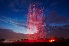 Intel and Ars Electronica FutureLab explain how they developed Drone a masterpiece of art and airborne technology. See the drone light-show at Guinness, Drones, Nocturne, Walt Disney World, Performance Artistique, Light Painting Photography, Aerial Photography, Mont Fuji, Pixel