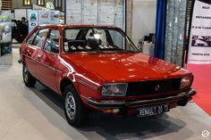 #Renault #R20 à Epoqu'Auto à Lyon Reportage complet : http://newsdanciennes.com/2015/11/09/grand-format-epoquauto-2015/ #Voitures #Anciennes #Vintage #ClassicCars @salonepoquauto