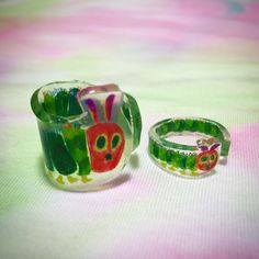The Hungry Caterpillar! Resin Ring, Uv Resin, Resin Jewelry, Resin Art, Plastic Resin, Shrink Plastic, Resin Crafts, Fun Crafts, Diy And Crafts