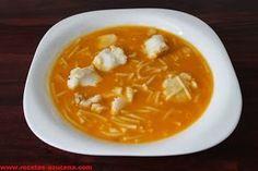 Mis Recetas: Sopa de merluza. Mexican Food Recipes, Soup Recipes, Great Recipes, Healthy Recipes, Ethnic Recipes, Spanish Kitchen, Bacon Soup, Hot Soup, Carne Asada