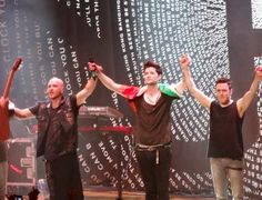 I had taken this photo at Blossom Music Center in Ohio while I was at the concert!! @The Script (: #scriptette xxx