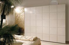 Armadio moderno / in legno / a porte scorrevoli - '900 SCACCHI : 0327 by MAAM - MORELATO