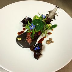Steak-potatoes-salad by Shaun Hergatt #plating #gastronomy