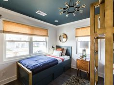 Drew and Jonathan near the finish line of their Galveston beach house renovations by getting creative with space for guest rooms. Click through to see who was crowned the winner.