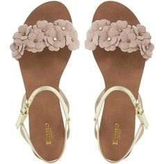 Fashion, Clothing, Shoes: Six shapes of compound your summer sandals that will make you look comfortable and chic Trendy Sandals, Cute Sandals, T Strap Sandals, Flat Sandals, Strappy Sandals, Shoes Sandals, Ella Shoes, Me Too Shoes, Cute Teen Shoes