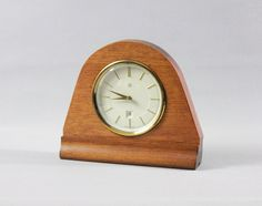 Your place to buy and sell all things handmade Vintage Wood, Vintage Home Decor, Vintage Items, Wood Mantle, Mantle Clock, Wood Clocks, Mid Century House, Timeless Design, 1960s