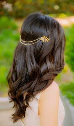 Elegant bridesmaid hairstyle #bridesmaid #wedding #hair #beauty