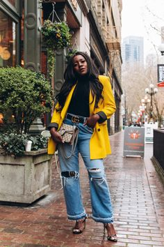 Cheap Distressed Jeans Business Fashion, Office Looks, Work Outfits, Zara Suit, Casual Outfits,Stitch Fix, Aldo, Black Blogger, African Blogger, Oversized Blazer, Business Women, Forever21, bodysuit, Black Girl Hairstyles, Casual Looks, Fall Fashion, Boss Babe, Blue Jeans, How to style jeans,Spring Fashion, Gucci Belt, Teacher Outfits