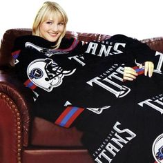 Tennessee Titans Unisex Comfy Throw Tennessee Titans Football, Cold Weather Gear, Tactical Knives, Fan Gear, Cliff, Memphis, Christmas Sweaters, Nfl, Unisex