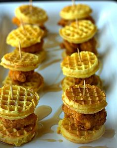 Chicken and Waffle Sliders and Tailgating Recipes and Football Party Food Ideas for your stadium gathering on Frugal Coupon Living. Appetizers for game day. food breakfast Tailgating Recipes and Football Party Food Ideas Game Day Snacks, Snacks Für Party, Game Day Food, Appetizers For Party, Christmas Appetizers, Healthy Appetizers, Cheese Appetizers, Wedding Snacks, Toothpick Appetizers