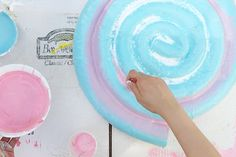 Are you planning to host a candy land theme party? Check this tutorial on how to make a giant lollipop out of pool noodles but upgraded into a truly eye-candy prop. Christmas Garden Decorations, Christmas Crafts For Adults, Candy Decorations, Lollipop Party, Candy Party, Candy Land Christmas, Xmas, Nutcracker Christmas, Christmas Games