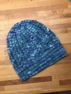 Tied Knots hat (free pattern on Ravelry) knitted by Sue A. using Silky Smooth DK merino/silkl handdyed in shade Morgawr by Perran Yarns Tie Knots, Yarns, Ravelry, Knitted Hats, Free Pattern, Smooth, Knitting, Creative, How To Make